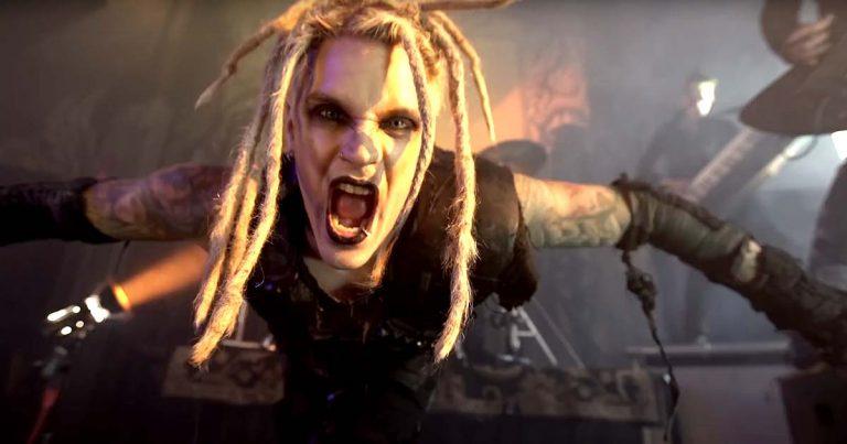 Davey Suicide y el vídeo de 'Rise Above'