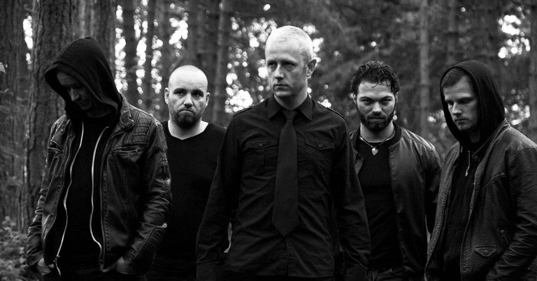 Nil Miserans ofrecen el tema '...of Love and Death' en streaming