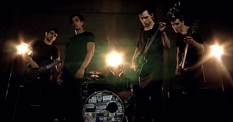 Brothers Till We Die y el vídeo de 'The Thin Line Between Death And Immortality'