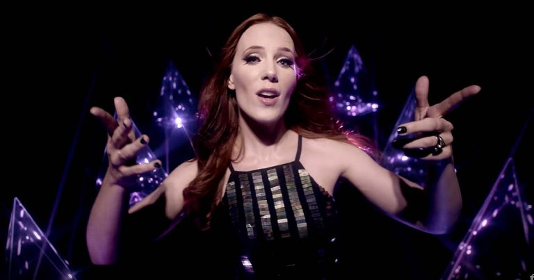Epica y el vídeo de 'Edge of the Blade'