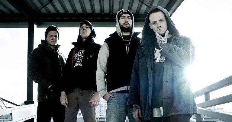 La gira Taste of Anarchy trae la violencia a la península
