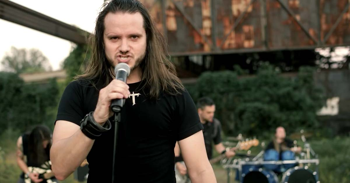 Theocracy y el vídeo de 'Ghost Ship'