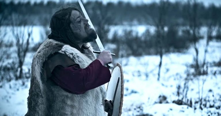 Burning Point y el vídeo de 'The King Is Dead, Long Live The King'