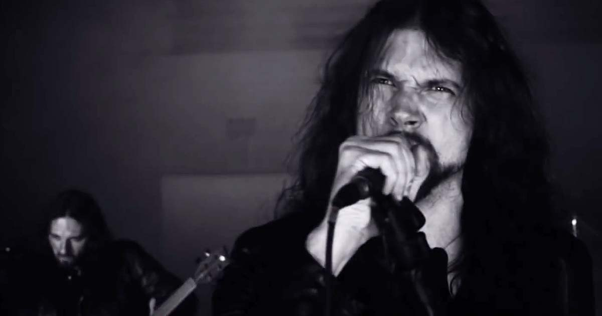 Nailed to Obscurity y el vídeo de 'King Delusion'