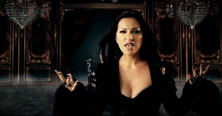 Sirenia y el vídeo de 'Dim Days Of Dolor'