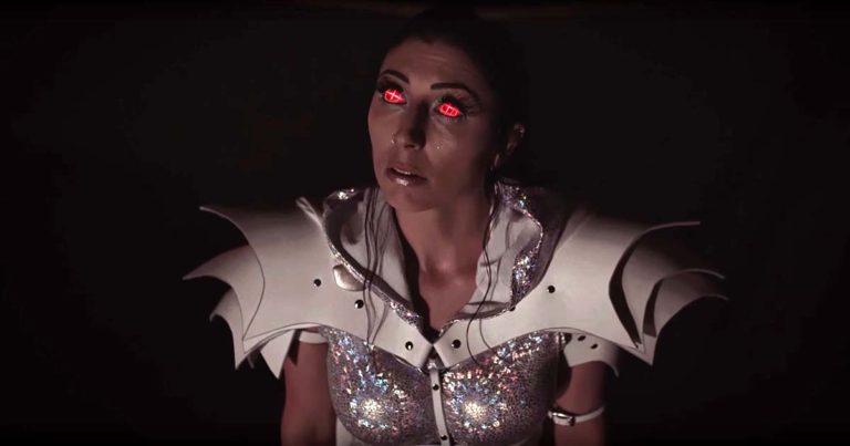 Unleash the Archers y el vídeo de 'Time Stands Still'