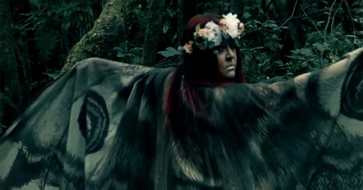 Alunah y el vídeo de 'Fire of Thornborough Henge'