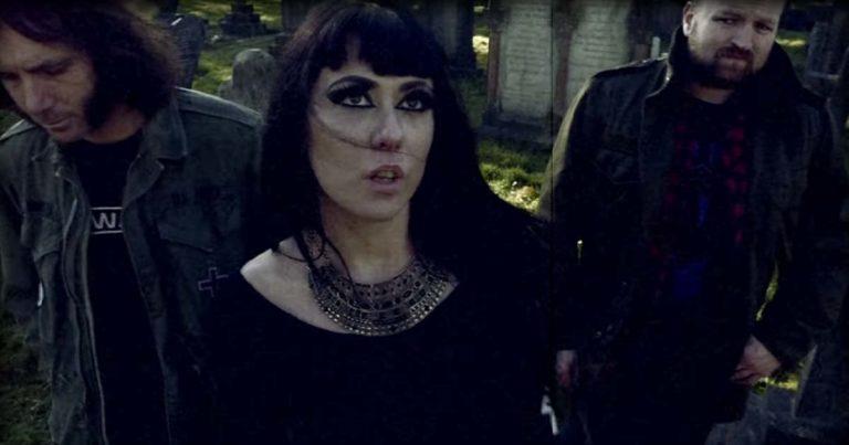 Dead Witches y el vídeo de 'Drawing Down the Moon'