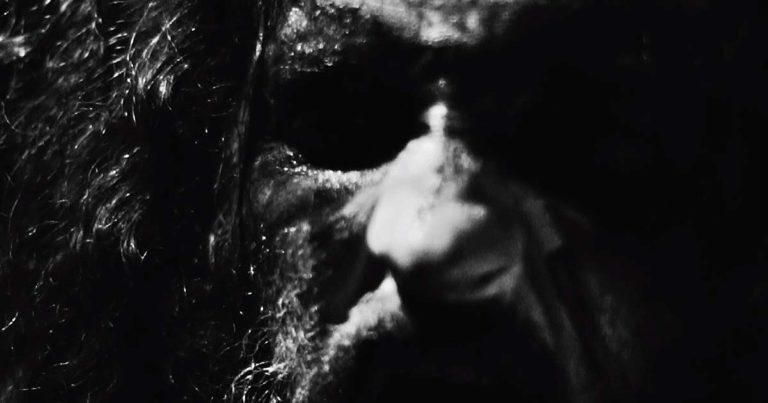 Sonneillon y el vídeo de 'Satan's Fields'
