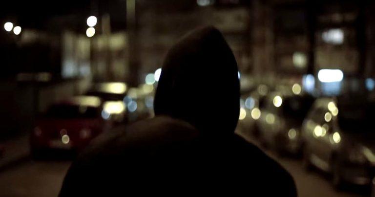 De la Cuna a la Tumba y el vídeo de 'Estrellas Muertas'