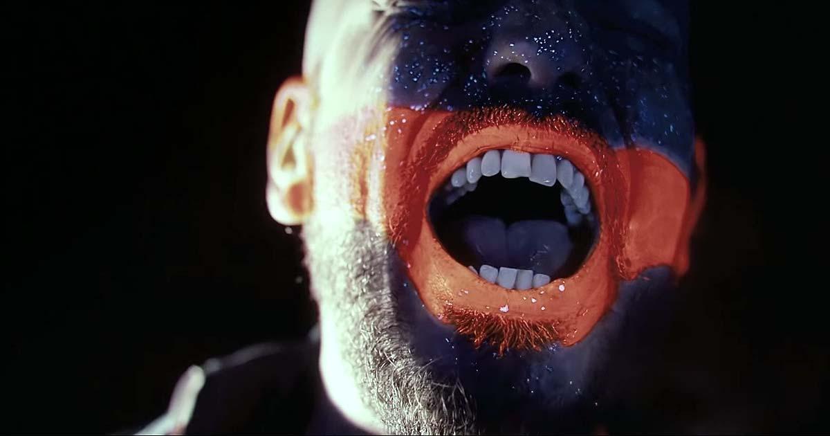 Uneven Structure y el vídeo de 'Incube'
