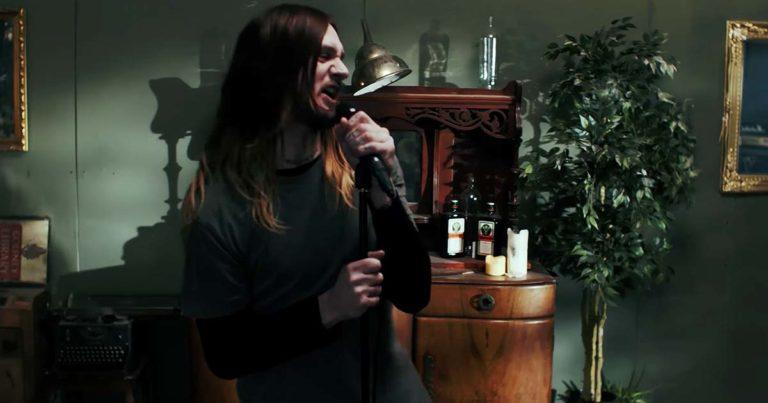 While She Sleeps y el vídeo de 'Silence Speaks' con Oli Sykes