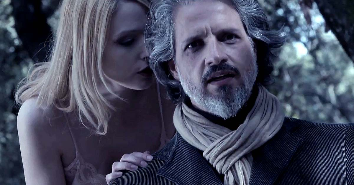 Premiere: Evadne y el vídeo de 'Scars that Bleed Again'
