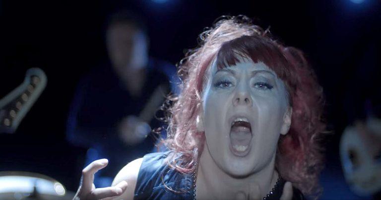Pristine y el vídeo de 'The Rebel Song'