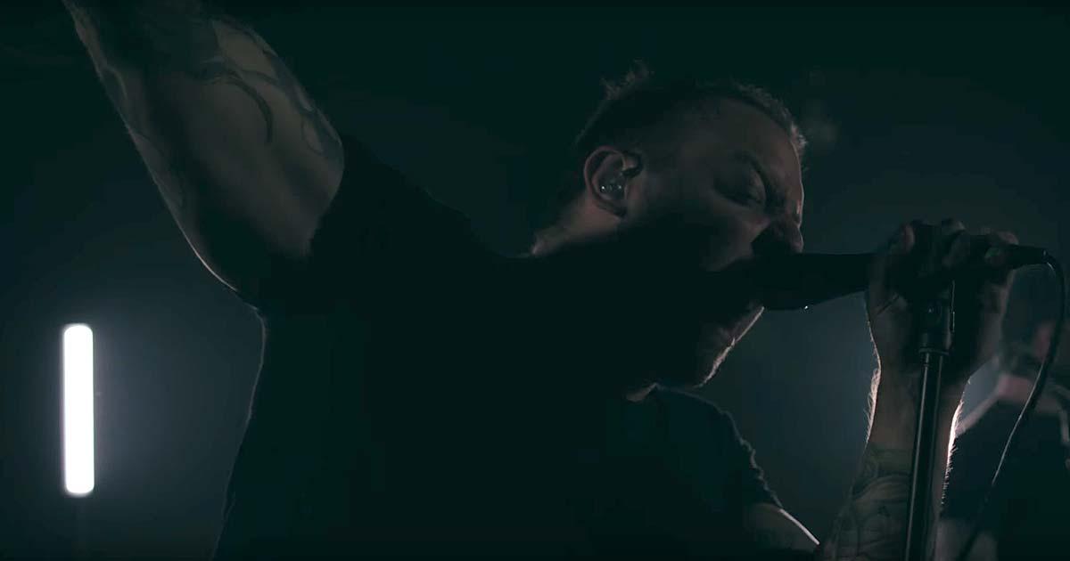 Wovenwar y el vídeo de 'Cascade'