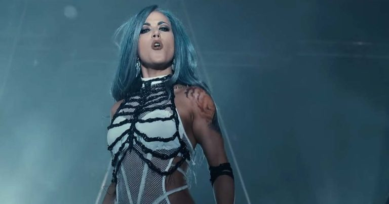 Arch Enemy y el vídeo de 'The World Is Yours'