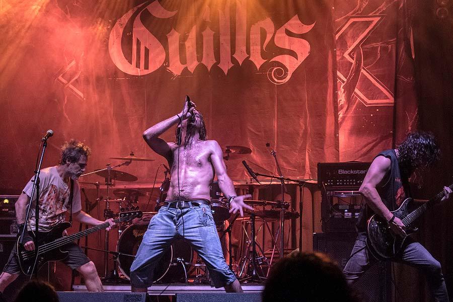 Crisix, Guilles y Thrashgressive en la Rock City (Valencia)