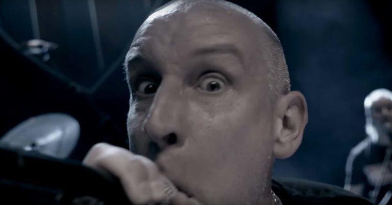 Clawfinger y el vídeo de 'Save Our Souls'