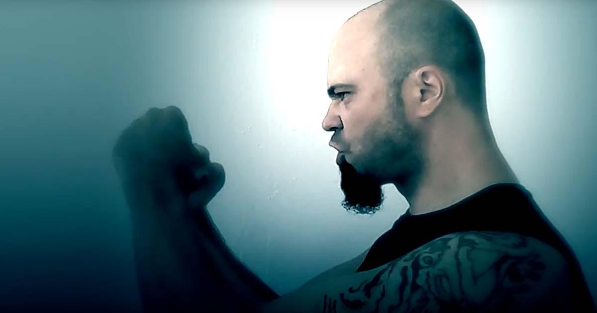 Itnuveth y el vídeo de 'Trained Wolves'