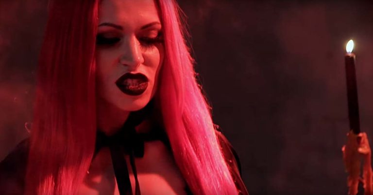 Hell's Fire y el vídeo de 'March Of The Witch'