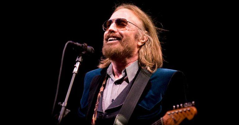 Tom Petty nos deja a los 66 años de edad víctima de un paro cardíaco
