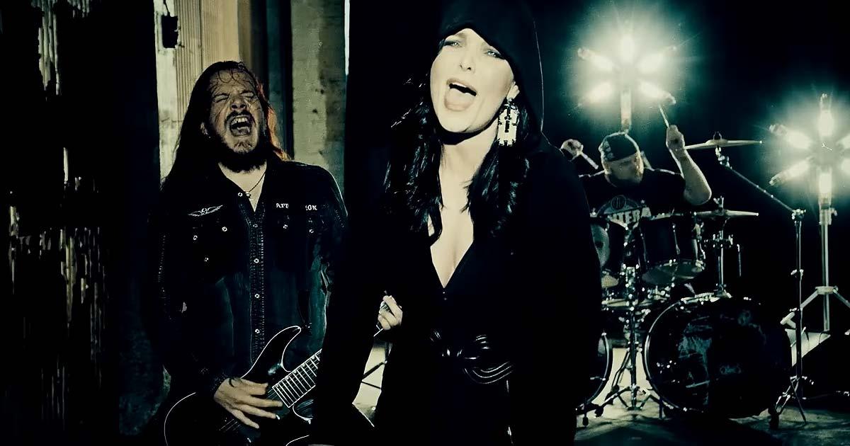 The Dark Element y el vídeo de 'The Ghost And The Reaper'