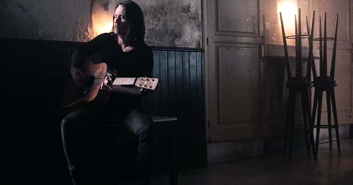 Myles Kennedy y el vídeo de 'Year Of The Tiger'