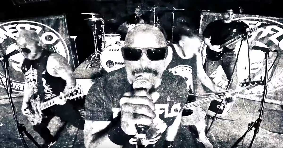 Powerflo y el vídeo de 'Less than a Human'