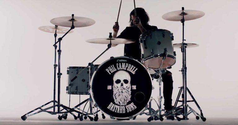 Phil Campbell and the Bastard Sons y el vídeo de 'Dark Days'