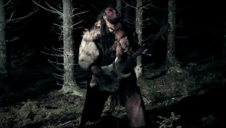 Premiere: Grimner y el vídeo de 'En Fallen Jätte'