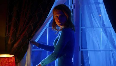 The Night Sitter, trailer internacional