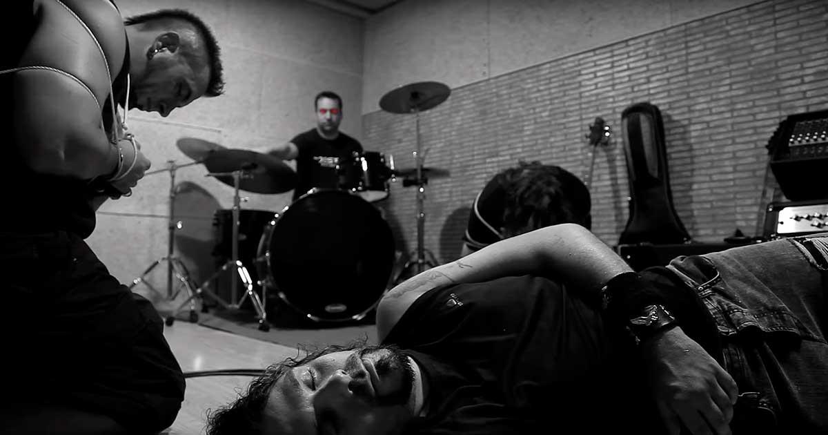 Oeste y el vídeo de 'Corazón de Metal'