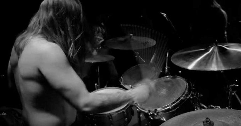 WVRM y el vídeo de 'Can You Hear The Wind Howl'