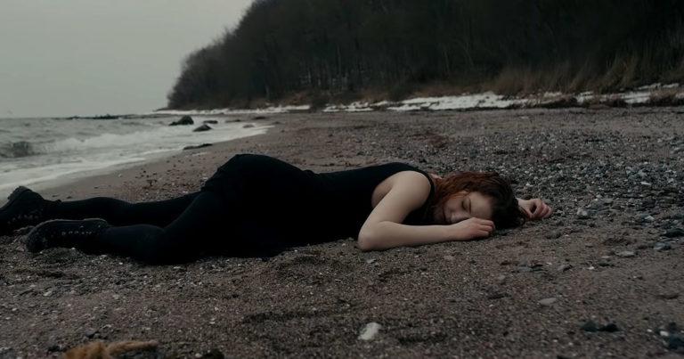 MØL y el vídeo de 'Bruma'