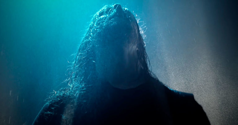 Bloodred Hourglass estrenan 'Drag Me the Rain' en vídeo