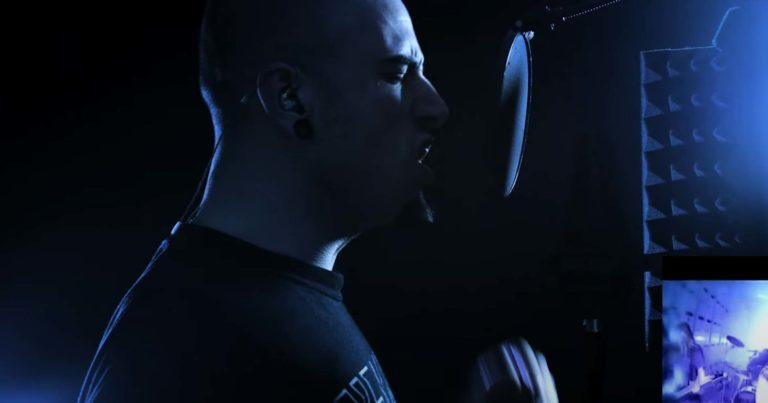 El frontman gallego ATHAL (OBSKKVLT, Display of Power) audiciona para Fear Factory con una versión de 'Replica'