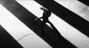 Crystal Lake y el vídeo de 'Curse'